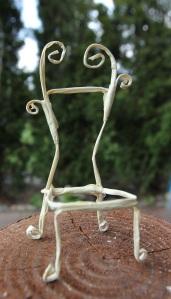 Fairy chair tutorial fairy garden house miniature from beneath the ferns #beneaththeferns #fairyfurniture 16