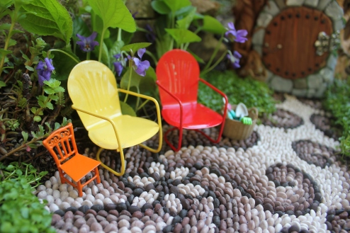 Fairy garden lawn chairs Fairy house miniatures at beneaththeferns.w... #Fairyhouse #fairygarden #miniature #beneaththeferns