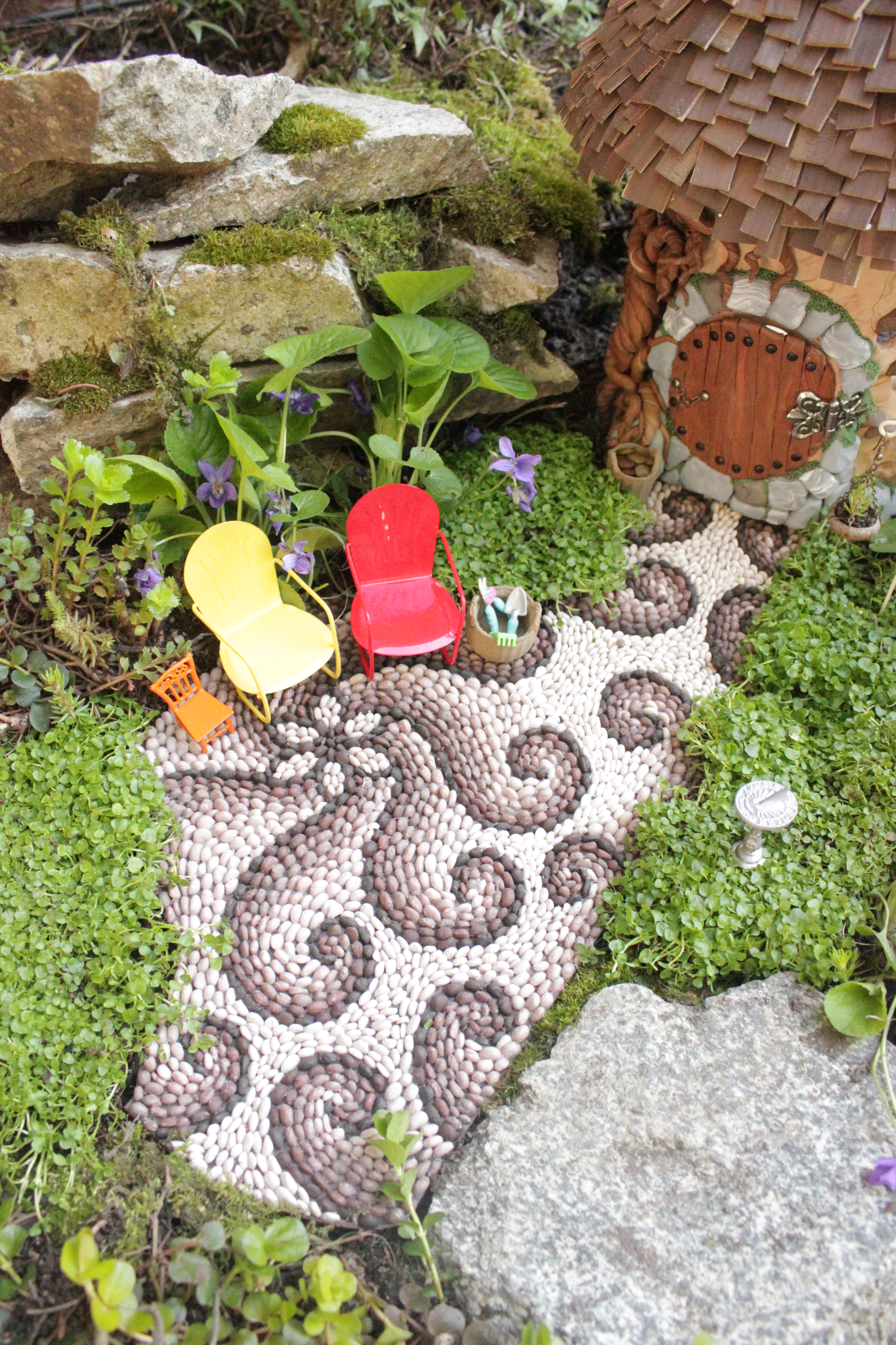 How to make a miniature garden path Beneath the ferns