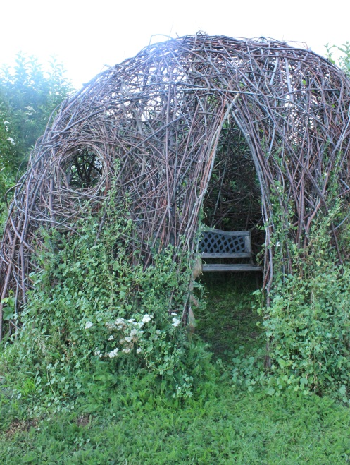 Fairy house garden woven structure #beneaththeferns #fairy #Faiiryhouse 18