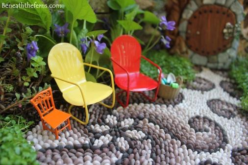 Fairy garden lawn chairs Fairy house miniatures at beneaththeferns.w... #Fairyhouse #fairygarden #miniature #beneaththeferns