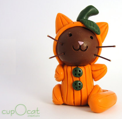 Halloween pumpkin cat from Cup O Cat on Etsy