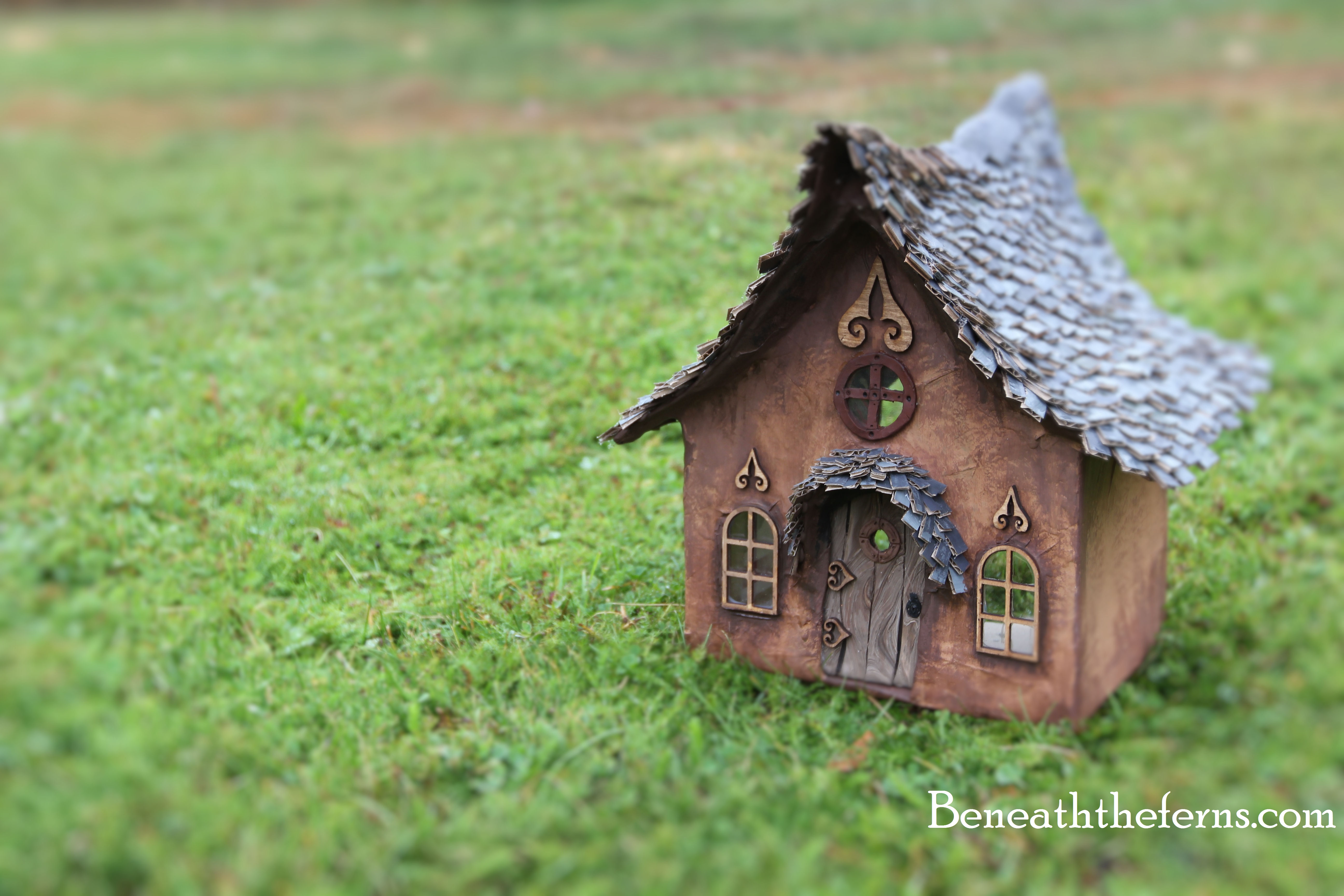 How to make a fairy house roof with shingles | Beneath the ferns
